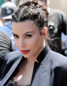 Les-tresses-africaines-de-Kim-Kardashian