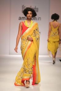 nikasha-designer-india-fashion-week2015-10-e1427300094907