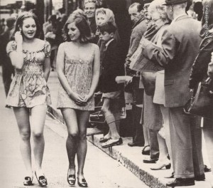 two-girls-draw-attention-as-they-walk-the-street-of-cape-town-south-africa-1965