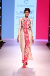 krishna-mehta-lakme-fashion-week2015-4