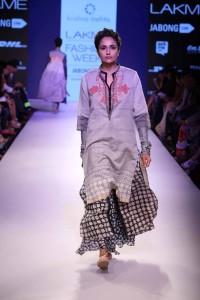 krishna-mehta-lakme-fashion-week2015-5